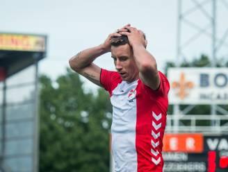 """FC Emmen mag niet met naam van sekswinkel op shirts spelen: """"Verbaasd en ontdaan"""""""