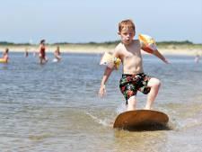 Slecht nieuws voor zwemmers: blauwalg bij strandjes Hellevoetsluis