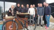 """15 chefs en horeca-uitbaters richten mountainbikeclubje op: """"Samen vet verbranden in de duinen"""""""