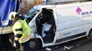 Slachtoffer zwaar ongeval E403 morgen misschien al naar gewone ziekenhuiskamer