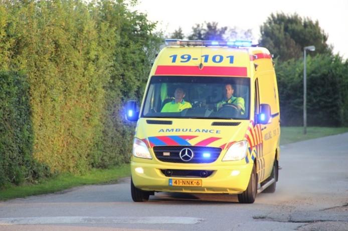 Fietser gewond bij ongeluk op Campherbeeklaan in Zwolle.