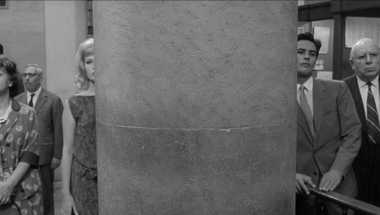 Monica Vitti en Alain Delon in L'eclisse. Beeld .