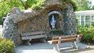 Studenten renoveren Lourdesgrot