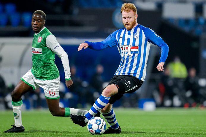 Jort van der Sande was tegen Dordrecht bij vier van de vijf goals betrokken.