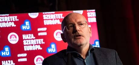 Timmermans vijandig bejegend tijdens bezoek aan Hongarije
