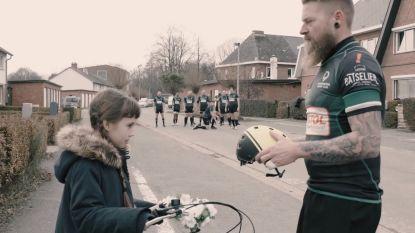 Rugbyspelers Dendermonde RugbyClub en kleine sterre spelen hoofdrol in verkeersfilmpje dat sensibiliseert tot fietshelm dragen