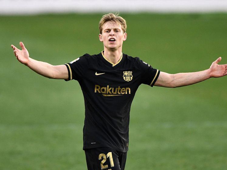 Frenkie de Jong wijst Barcelona de weg tegen Elche