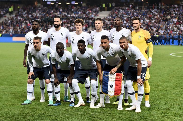 De basiself van Frankrijk tegen Italië, van boven links naar beneden rechts: Umtiti, Rami, Pavard, Lucas Hernandez, Pogba, Lloris, Griezmann, Kanté, Dembele, Tolisso en Mbappé.