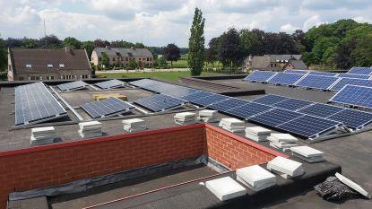 School Sterbos investeert in zonnepanelen