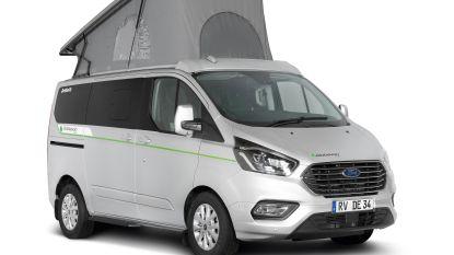 Eerste seriegeproduceerde plug-inhybride kampeerauto klaar voor Europese markt