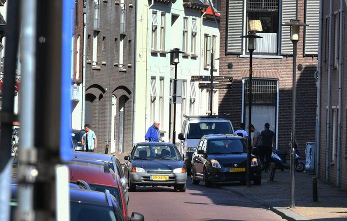 De  Ambtmanstraat in het centrum van Tiel.