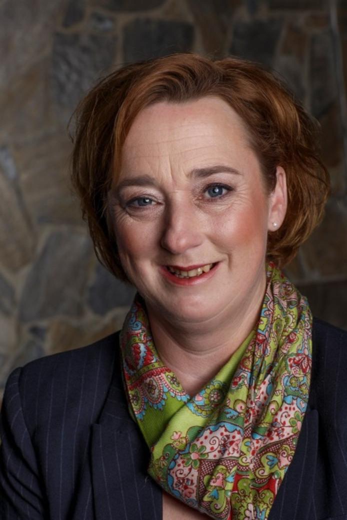 Raadslid Pauline Joosten nu ook schrijfster