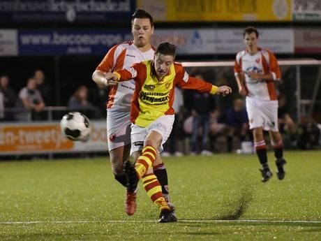 Apeldoorn Cup: Bruce Schotman scoort er op los