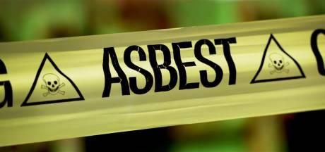 Forse boete voor bedrijf uit Epe dat asbestregels aan laars lapte: 'Werknemers liepen risico'