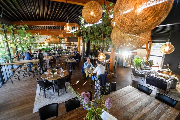 ZENDEREN - Restaurantrubriek Uit&Thuis gingen bij Bistro Weleveld. EDITIE: REGIO FOTO: Lars Smook LS20180426