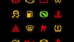 TEST. Slechts 1 automobilist op 4 kent waarschuwingslampjes op dashboard: weet jij wat deze symbolen betekenen?