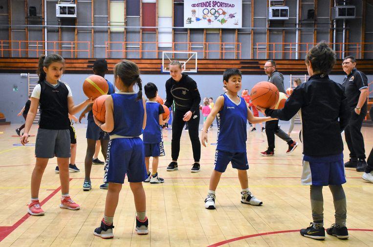 Woensdagmiddag werd in Oostende een basketinstuif georganiseerd ter promotie van het meisjesbasketbal samen met de Belgian Cats