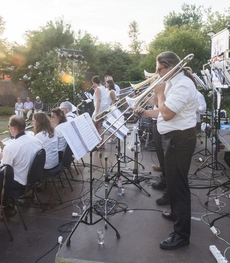 Eerste Mid Zomer Nacht Tuin Concert in Oldenzaal een succes