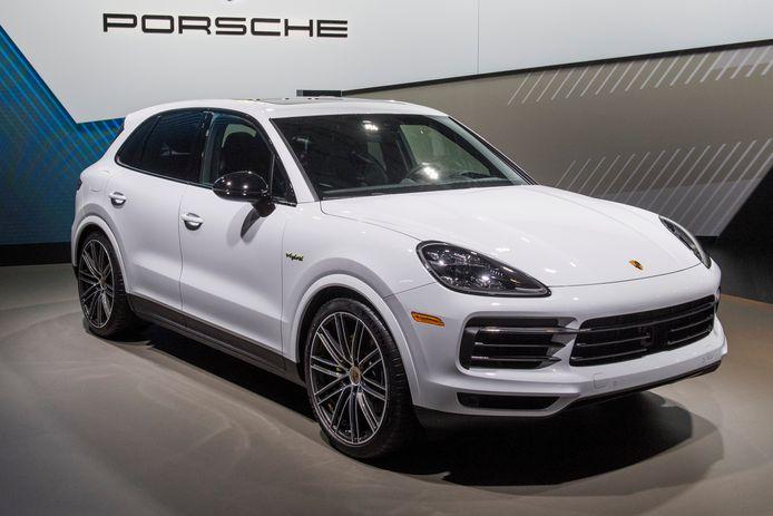 Een Porsche Cayenne, waarvan Chana R. er liefst drie kocht.