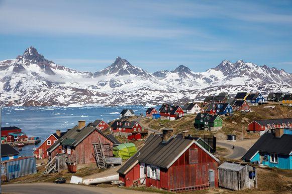 Het stadje Tasiilaq in Groenland.