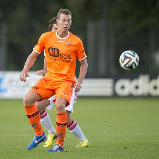 Robert Mühren, de goaltjesdief van Volendam, vanavond in actie tegen Jong Ajax.