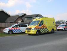 Moeder rijdt eigen kind (2) aan in Ermelo; kind ernstig gewond