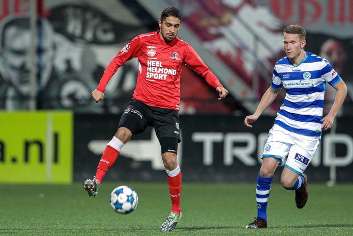 Karim Loukili is een plaag voor de defensie van De Graafschap.