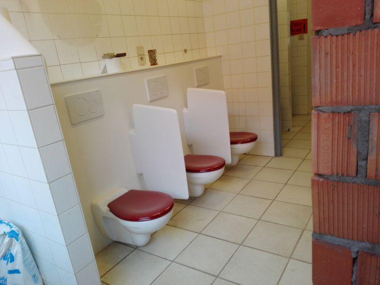 De toiletten voor de kinderen zijn al klaar.