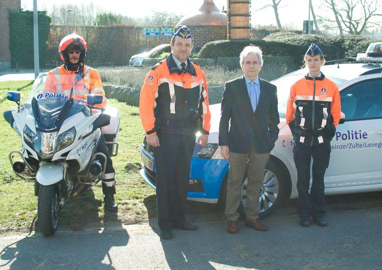 Waarnemend provinciegouverneur Didier Detollenaere heeft woensdag enkele snelheidscontroles bezocht in Oost-Vlaanderen.