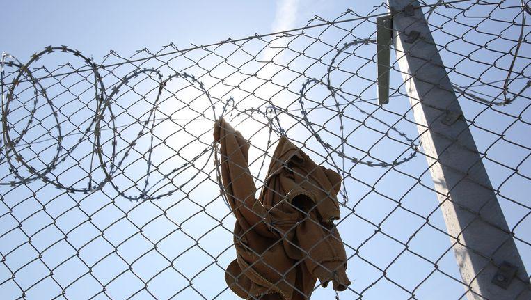 De grens tussen Servië en Hongarije is bijna helemaal afgesloten voor vluchtelingen