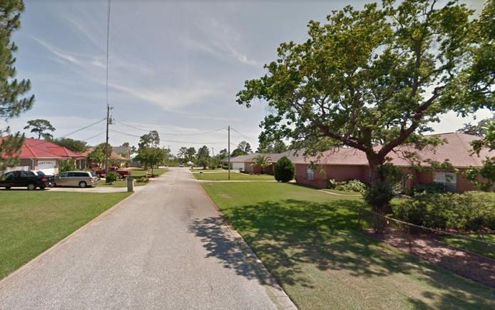 Het drama vond plaats in Coronado Court, een rustige straat in Gulf Breeze (Florida)