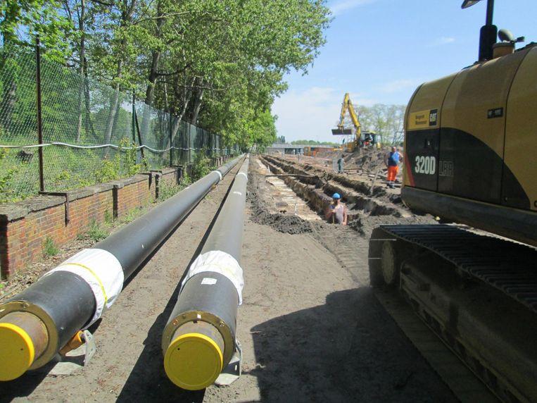Tussen april volgend jaar en 2024 gaat 31,8 kilometer aan stalen buizen de grond in.