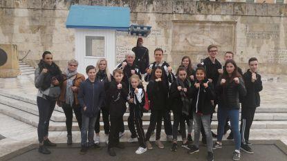 Contact Karate kaapt vijftien medailles weg in Athene