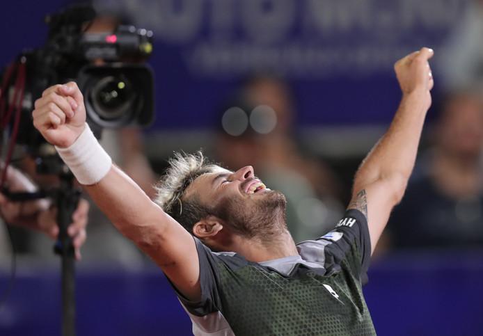 Juan Ignacio Londero kan zijn geluk niet op na het behalen van zijn eerste ATP-titel.