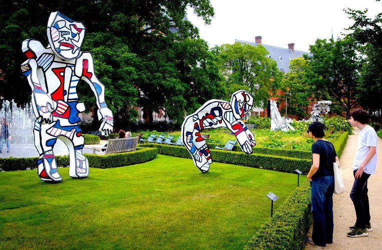 Werk van Dubuffet in de tuinen van het Rijksmuseum. Beeld anp