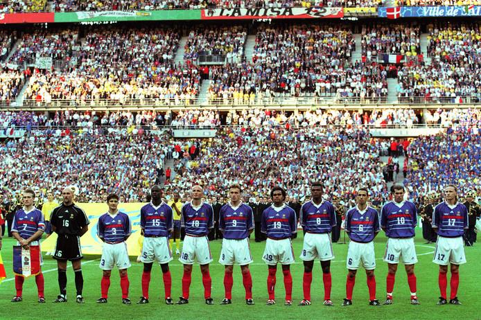 Het nationale team van Frankrijk voor de WK-finale tegen Brazilië in 1998.