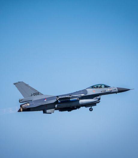 F-16's Vliegbasis Leeuwarden naar Margraten in Limburg