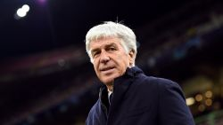 Trainer van Atalanta zat wellicht besmet met corona op de bank in match die nooit mocht worden gespeeld
