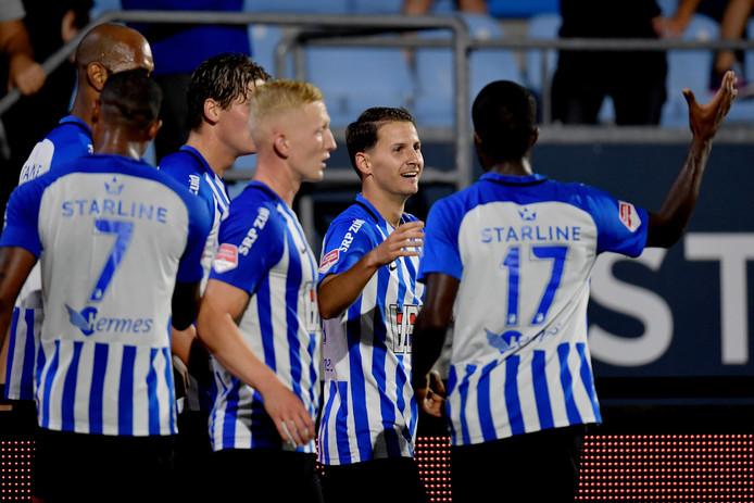 FC Eindhoven won met 2-1 van Go Ahead Eagles, waardoor de ploeg mede-koploper is.