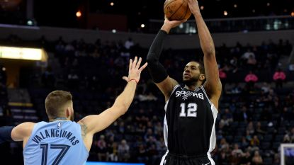 VIDEO. San Antonio kruipt door het oog van de naald bij Memphis in NBA