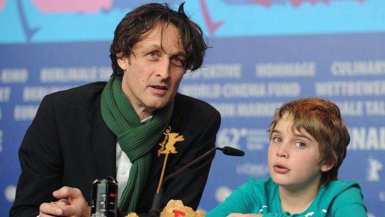 Rick Lens (R), acteur in de film 'Kauwboy', en regisseur Boudewijn Koole Beeld ANP