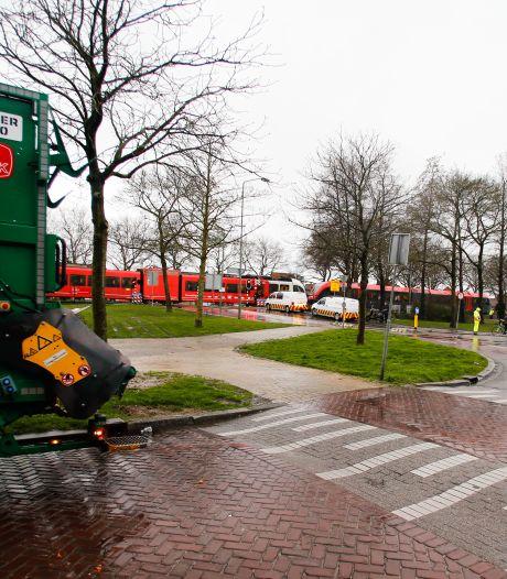 Aangifte tegen bestuurder van vuilniswagen na botsing met trein: 'Dit is roekeloos rijgedrag'