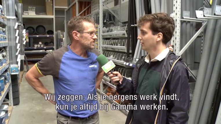Thomas Huyghe van De Ideale Wereld aan de zijde van voormalig international Marc Emmers.