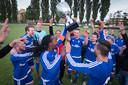 Arnhem 0506- Voetbal: finale Arnhem Cup, Duno - RKHVV /174660
