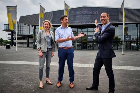 Ahoy-directeur Jolanda Jansen, NPO'er Sietse Bakker en wethouder Said Kasmi. ,,We hebben weer een hele goede indruk gekregen van Ahoy'', aldus de omroepman, die op inspectie kwam in Rotterdam.