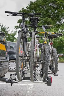 Politie waarschuwt: let op je fietsendrager