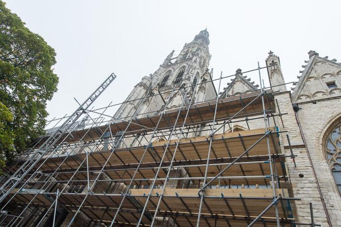 Grote Kerk Breda. Steigers en restauratiewerkzaamheden. Foto René Schotanus/Pix4Profs