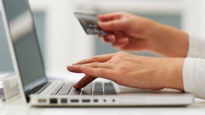 Keukenhulp koopt voor 60.000 euro vliegtickets aan met valse kredietkaarten:  4 jaar celstraf gevorderd