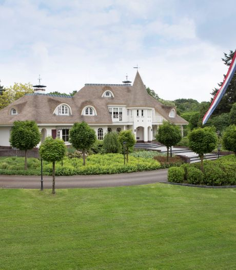 Gelderse villa's gaan door corona als warme broodjes over de toonbank: 'Veel landgoed voor je geld'