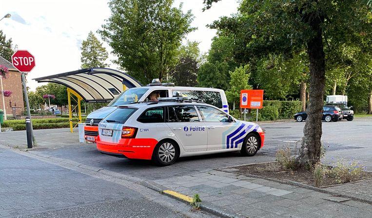De politie kwam ter plaatse bij een vechtpartij rond het Kerkplein in Schelle.